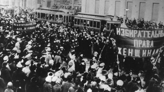 marcha-mulheres_Rússia
