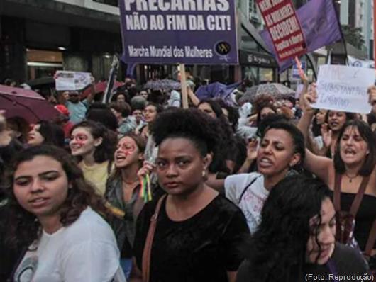 mulheres_manifestação