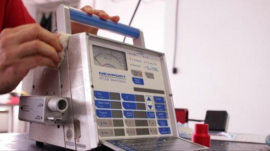 Governo firma parceria com Senai para manutenção de respiradores