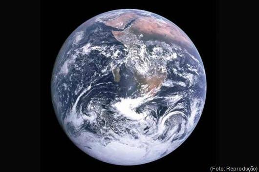 Terra-Reprodução