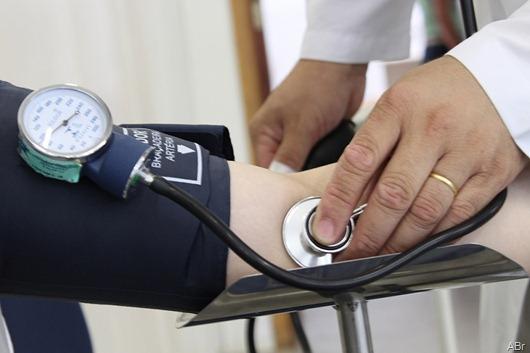 médico_Agência Brasil