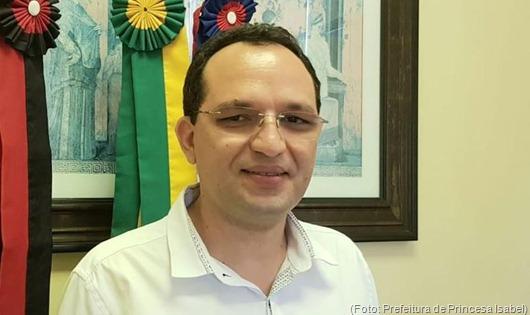 Erivolnaldo Alves-ccordenador pedagógico da Secretaria de Educação de Princesa Isabel