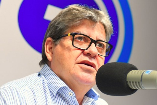 João Azevêdo-Programa Fala Governador