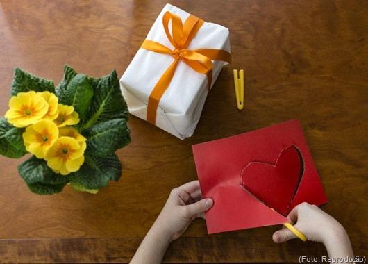 Presente-Dia das Mães