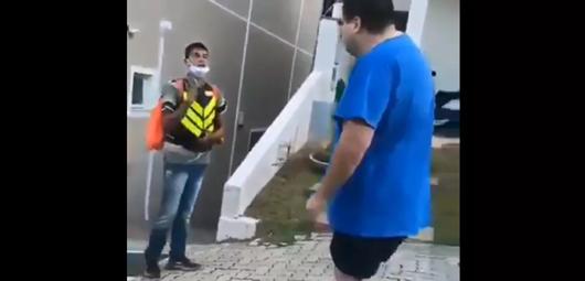 agressão racista