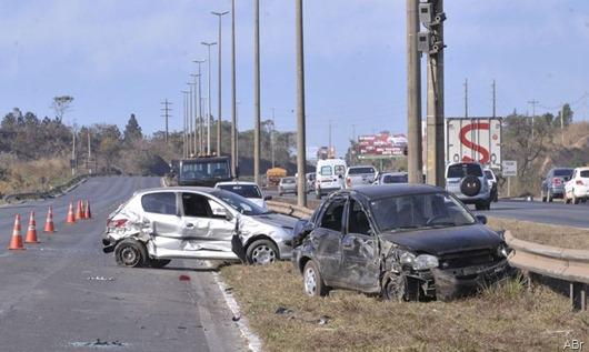 acidente_carros