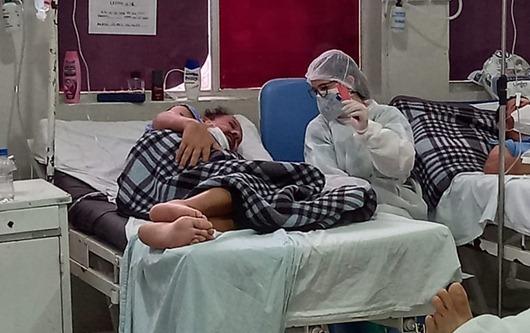 Complexo Hospitalar de Patos_videochamadas_ pacientes com Covid