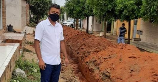 Vereador Romério Braz_esgotamento sanitário de Princesa Isabel