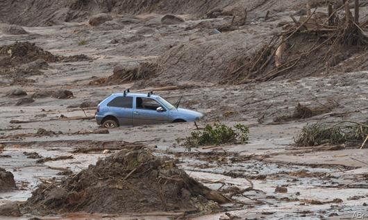 rompimento-barragem da Samarco