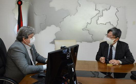 Azevêdo_cônsul-geral do Japão