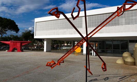 fachada_do_museu_de_arte_de_brasilia_fcpzzb_abr_