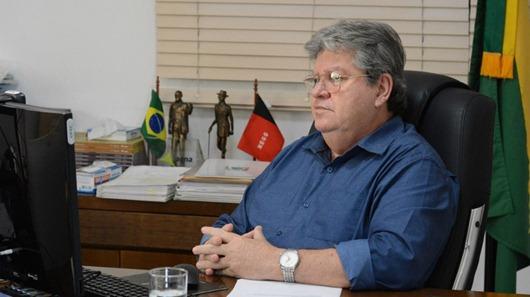 João Azevêdo_13º salário