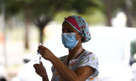 vacinacao-parque-da-cidade_mcamgo_abr-2