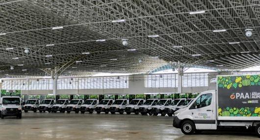 João Azevêdo_entrega_ caminhões e equipamento_ agricultura familiar