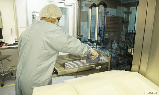 fiocruzenvase_de_ifa_vacina_covid-19fiocruz