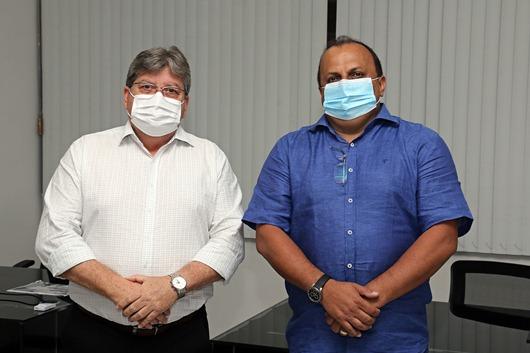 João Azevêdo e Ricardo Pereira