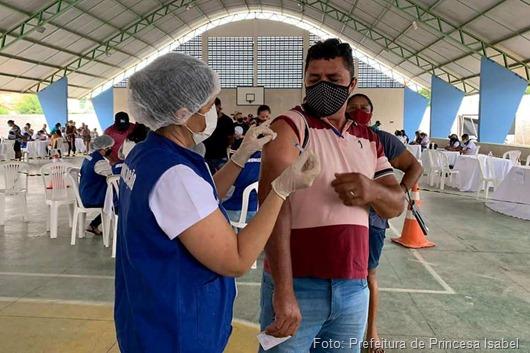 Dia D da vacinação contra a Covid-19_Prefeitura de Princesa Isabel